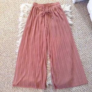 ❤️3/15 Rose Pink Semi Sheer Pleated Wide Leg Pants